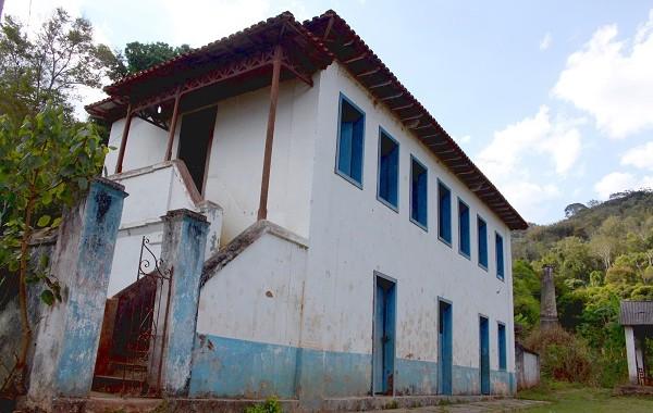 sede-do-reformatc3b3rio-na-fazenda-guarani2-600x380